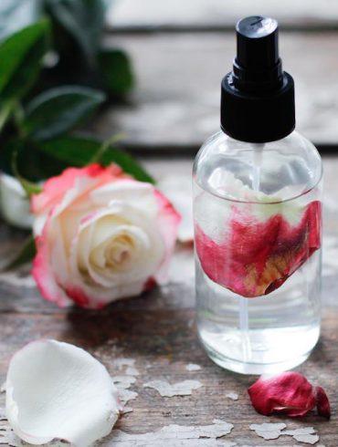 Organic Rose Water Benefits